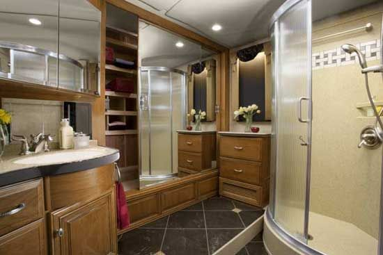 Almaden RV provides with the latest insights on the Luxury RVs